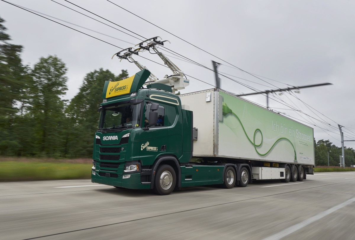 autostrada italiana elettrificata
