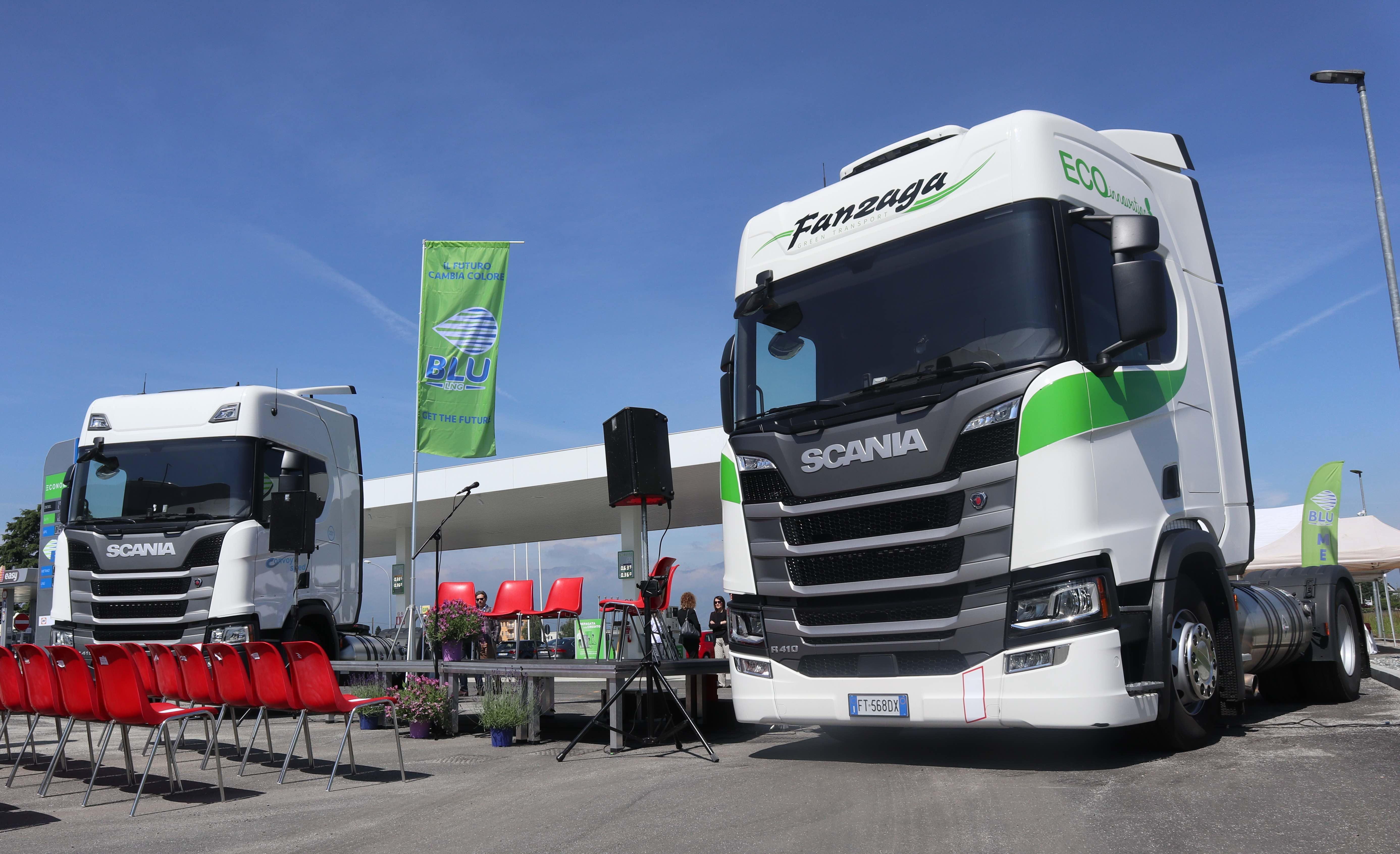 Sono 45 i distributori italiani di LNG. A San Maurizio Canavese Scania e Rete festeggiano