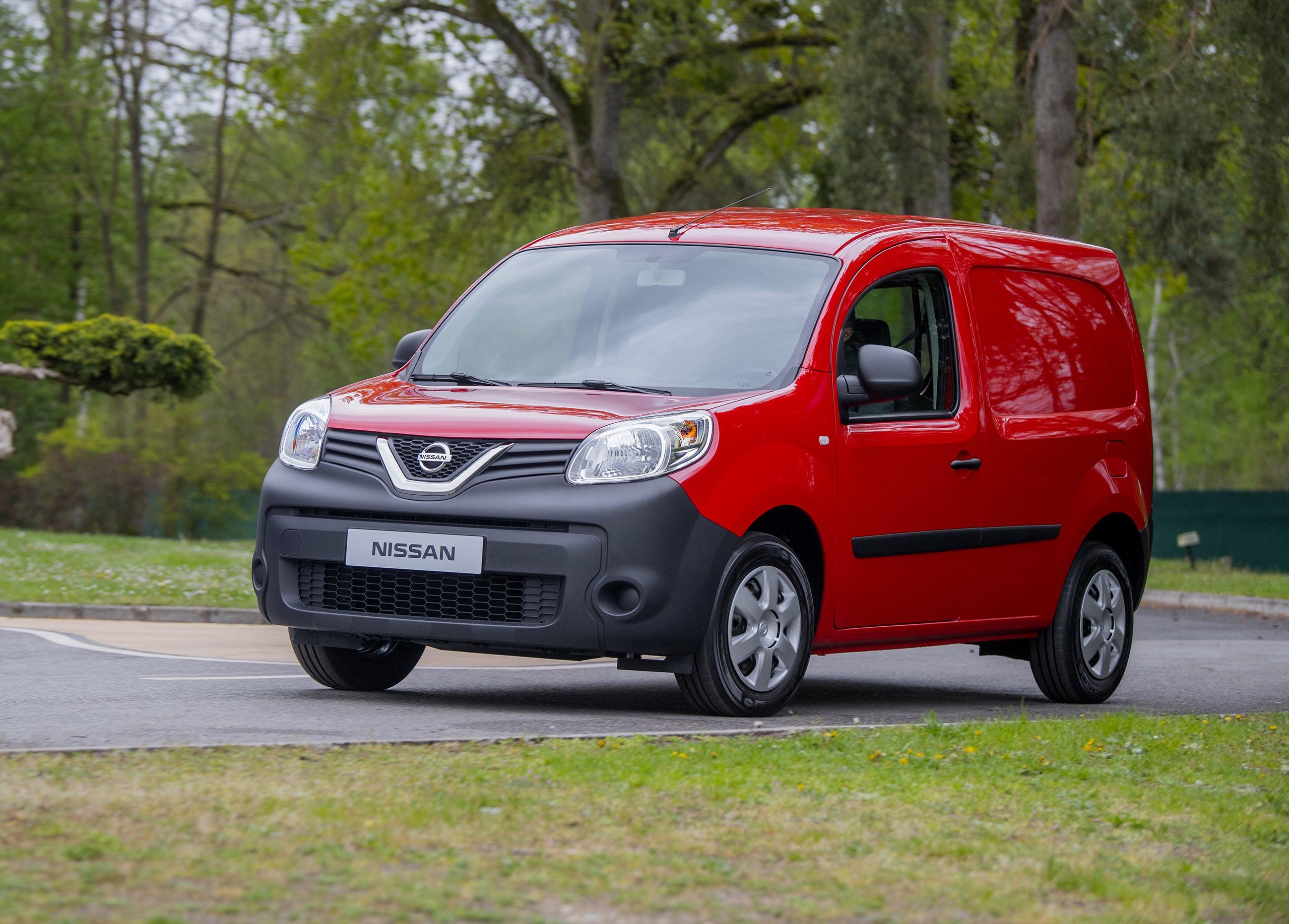 Nissan presenta il nuovo van compatto NV250