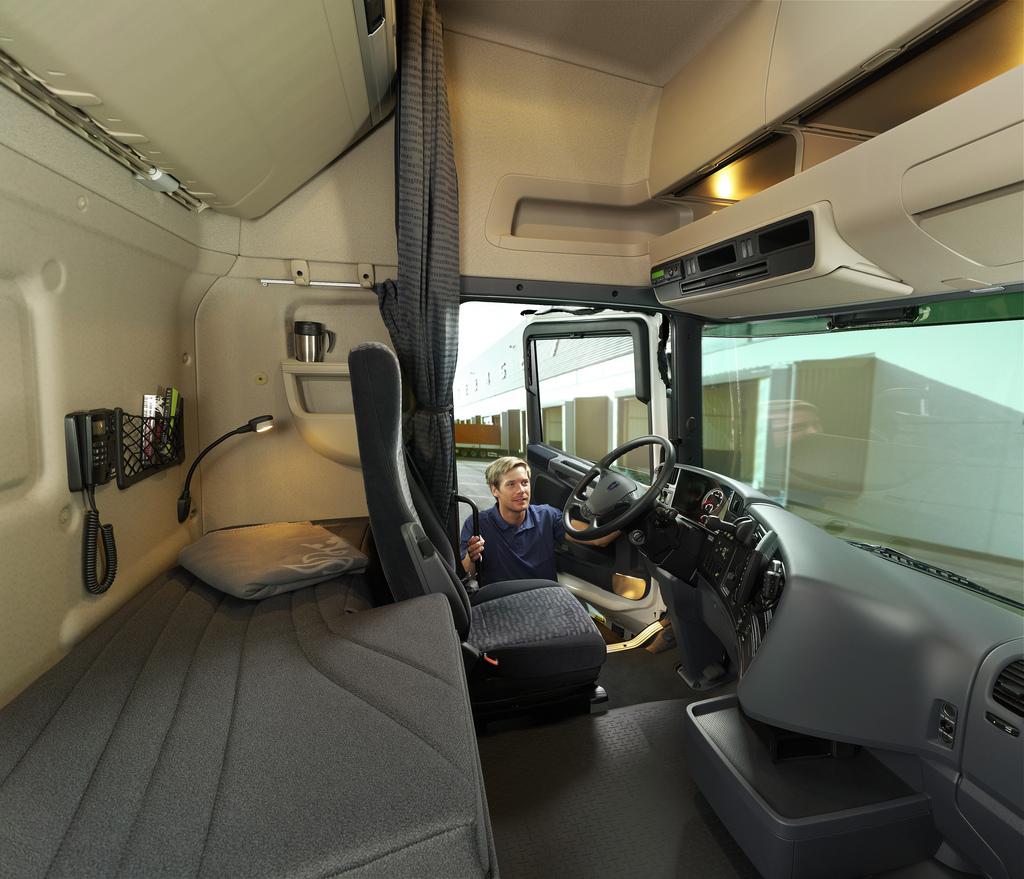 Indagine DKV: camionisti italiani maniaci della pulizia