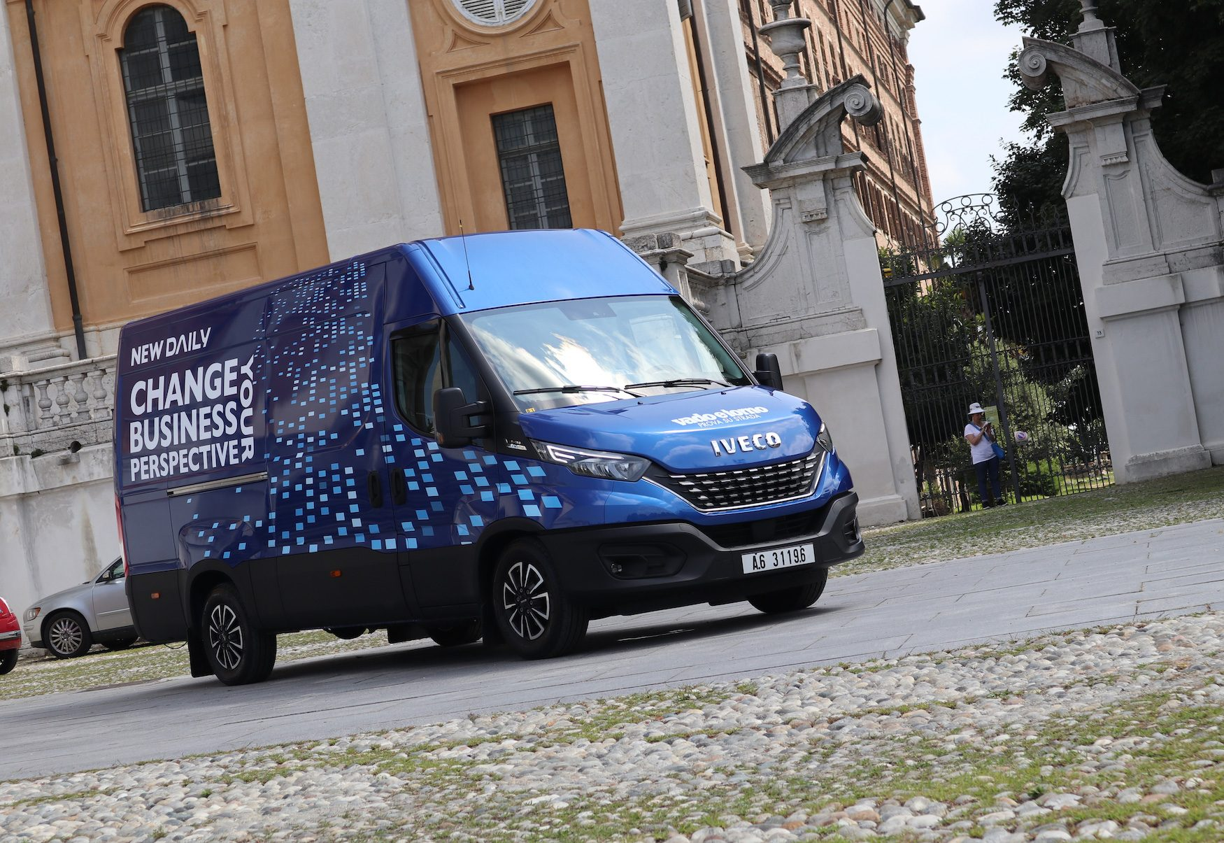 Iveco Daily 35 S 16 Hi-Matic