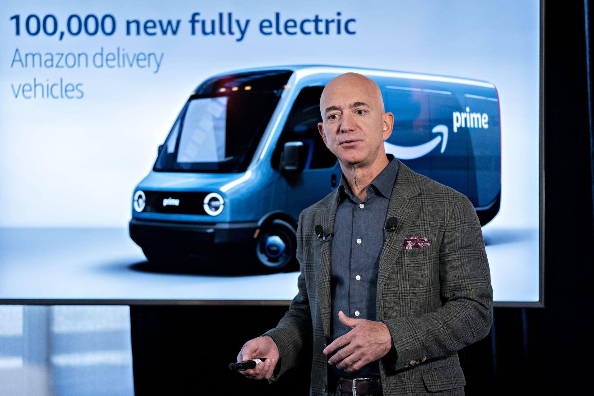 Amazon ordina 100.000 furgoni elettrici della start-up Rivian