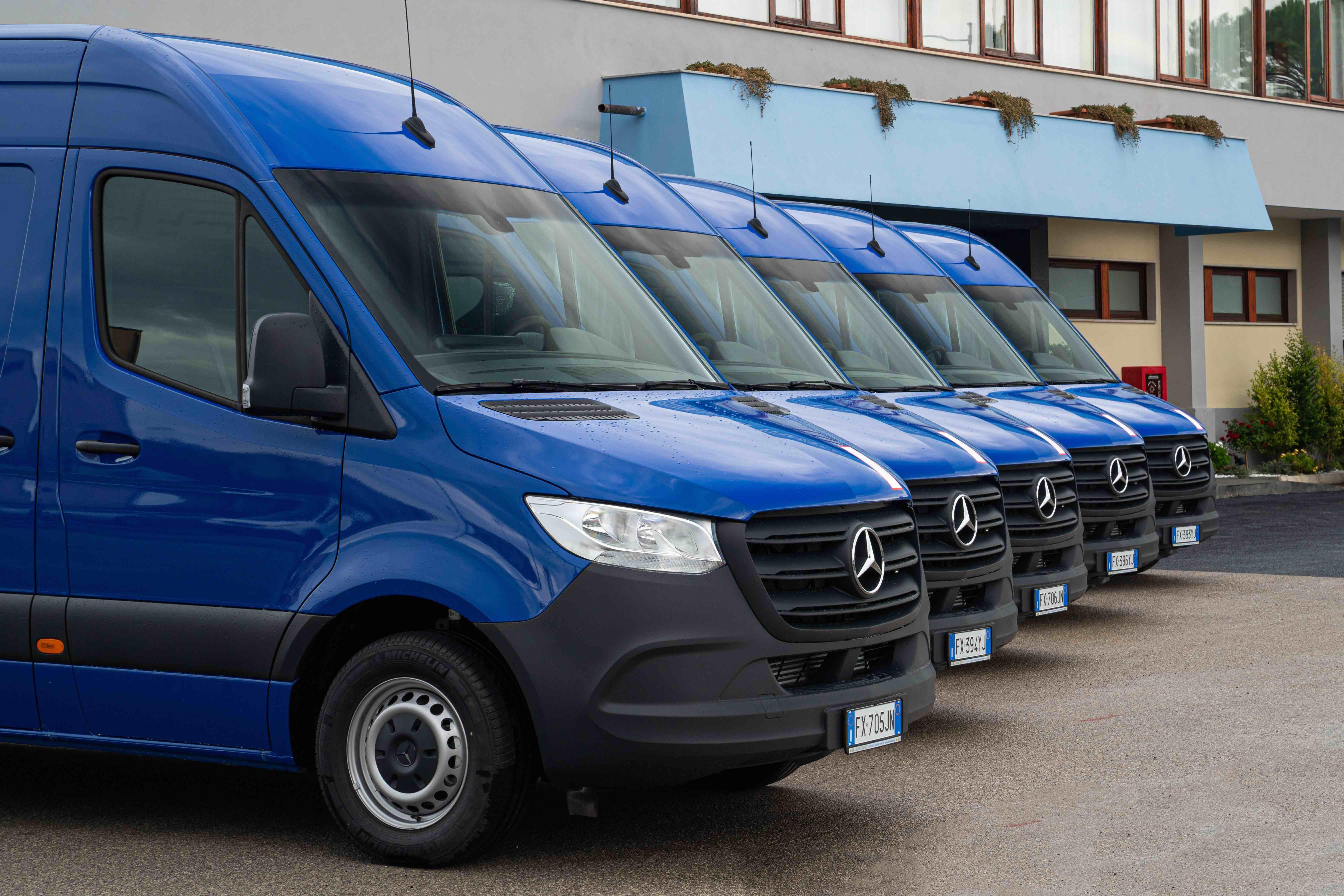 Salerno Trasporti potenzia la flotta con 60 Mercedes Sprinter