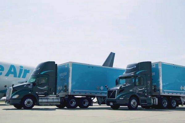 Amazon sviluppa una propria flotta di veicoli pesanti
