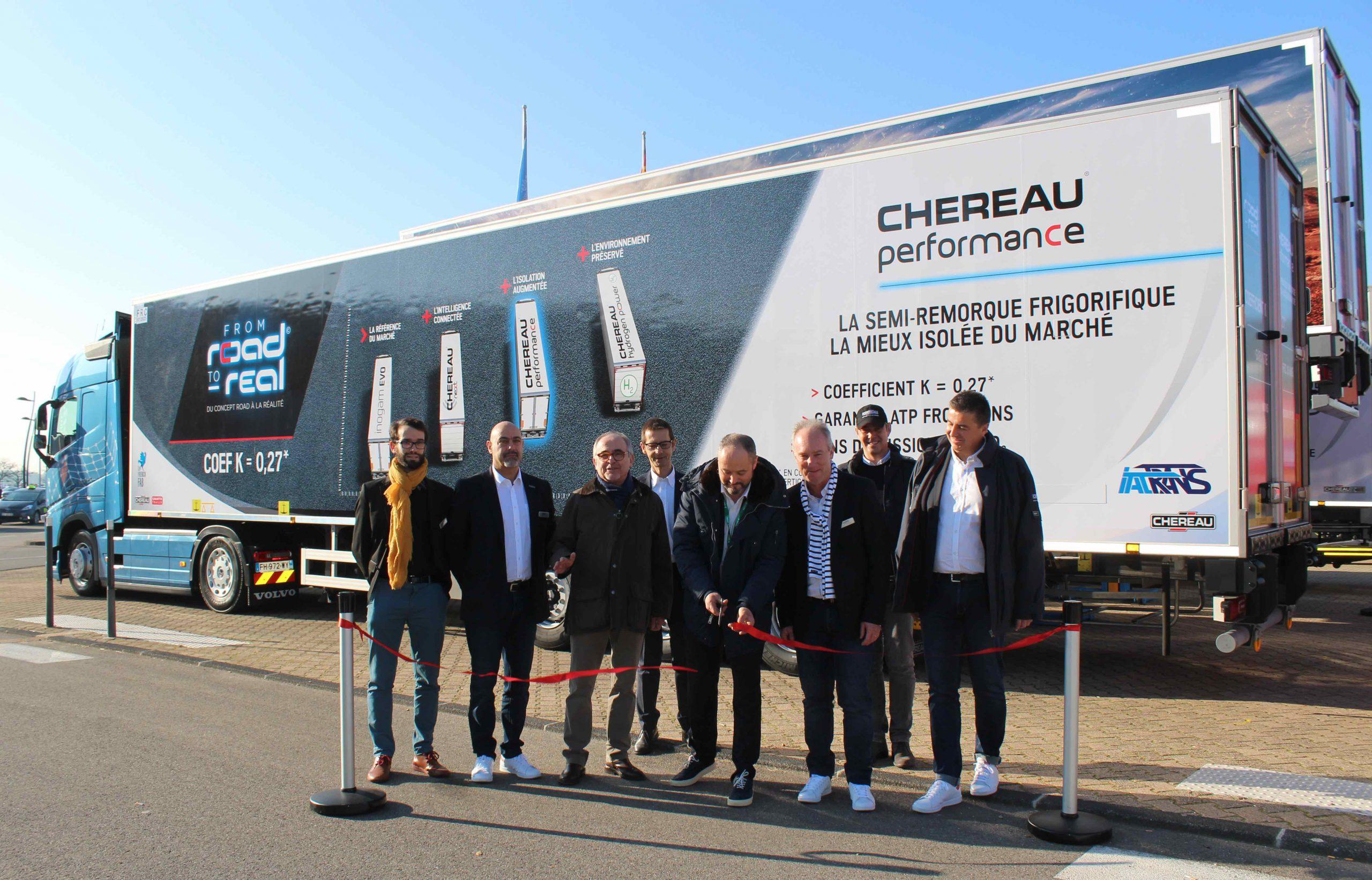 Italtrans ritira al Solutrans il primissimo semirimorchio isolato Chereau Performance