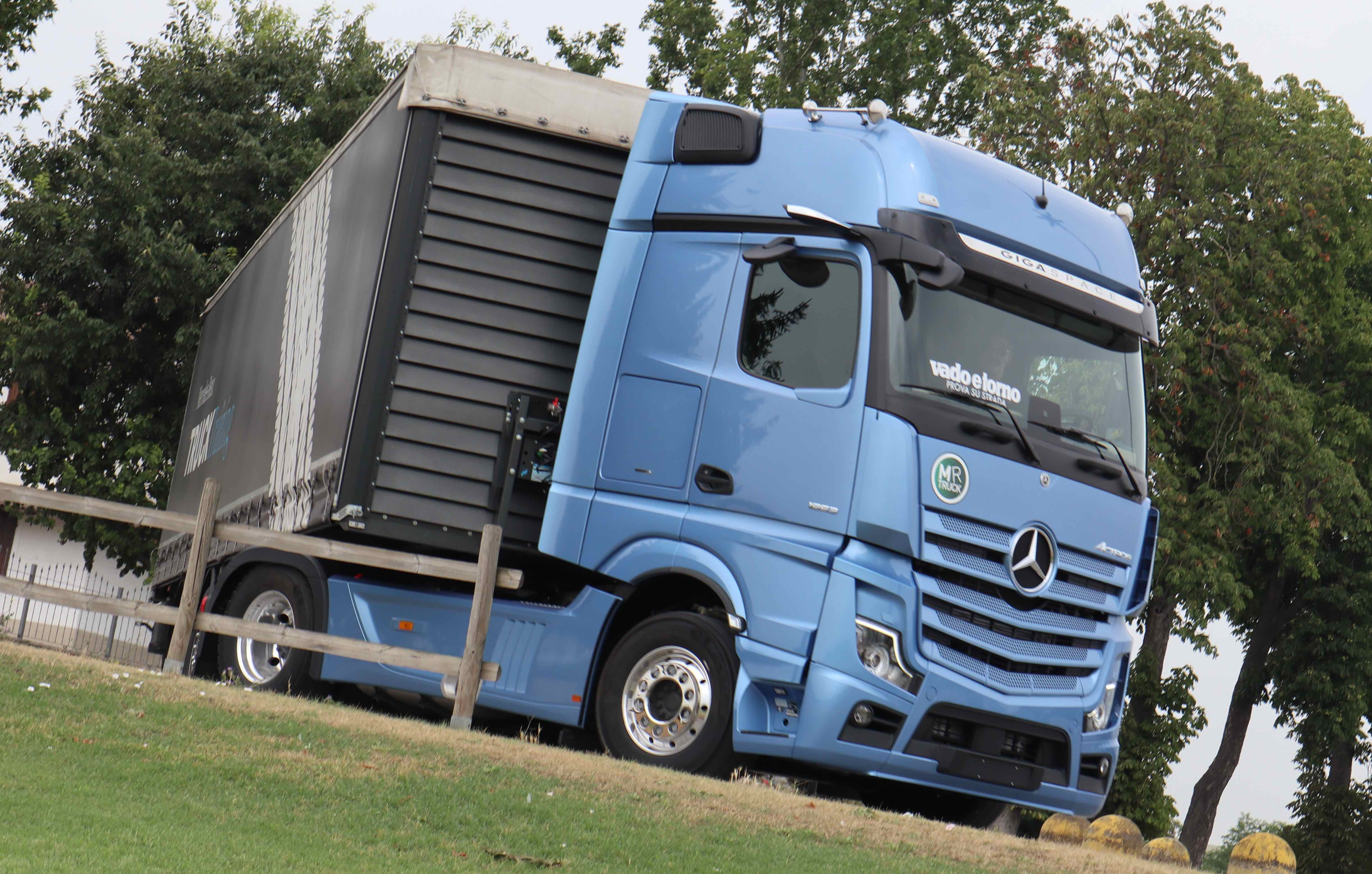 STY 'TRACTOR 2020': MERCEDES ACTROS