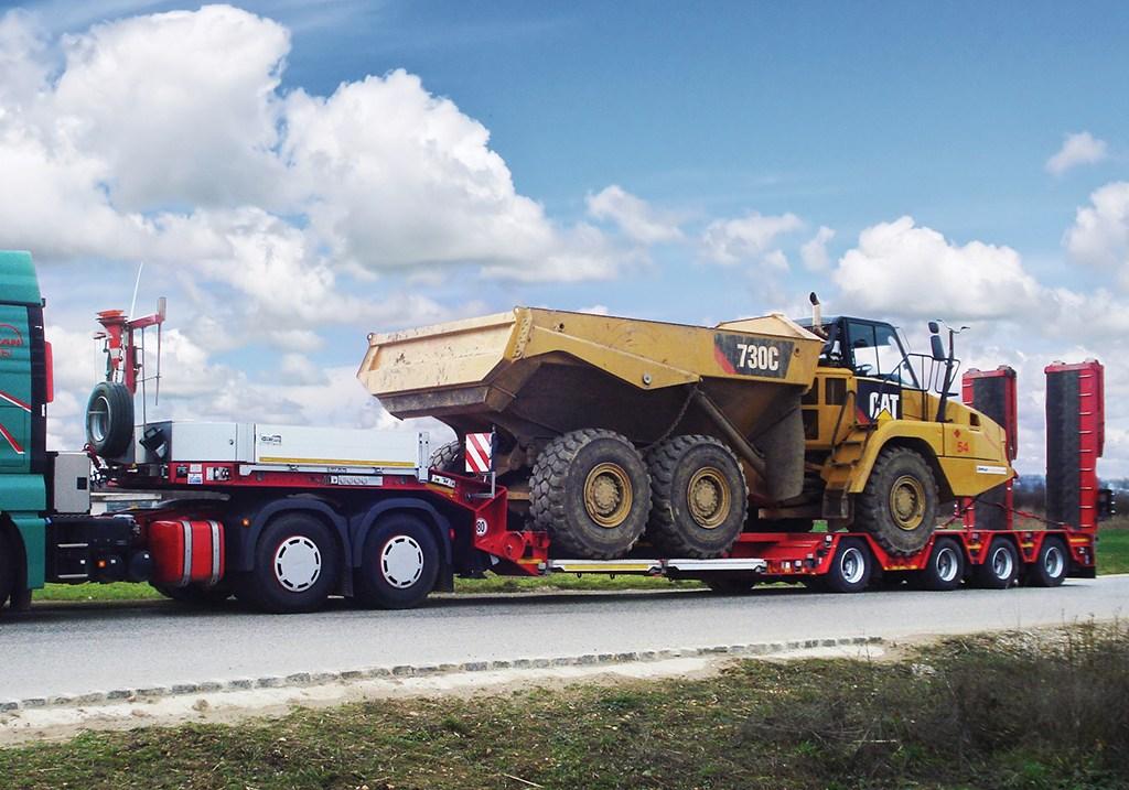 Semirimorchio Goldhofer allungabile per trasporto dumper